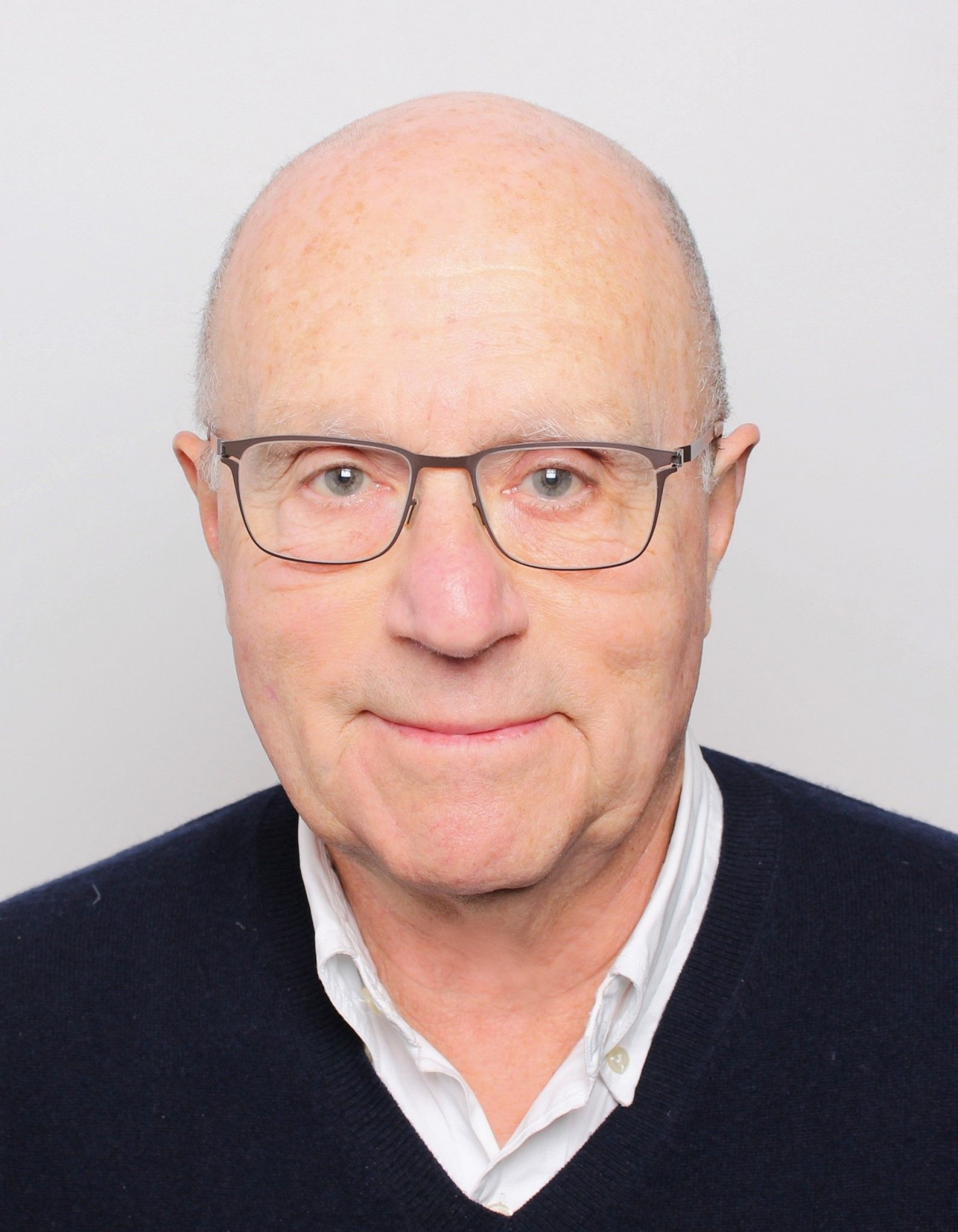 Claude ROZNER